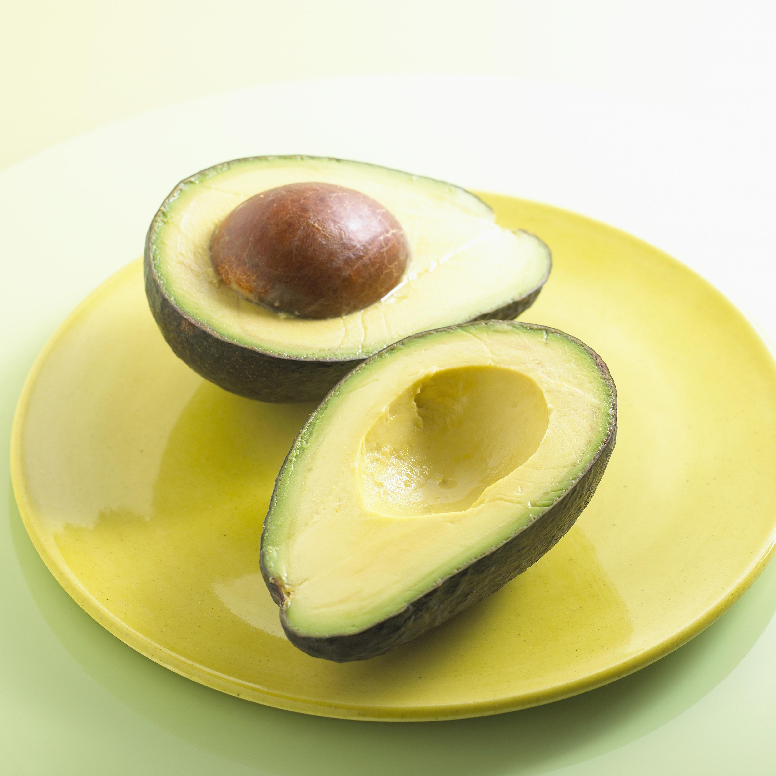 Halved Avocado bxp159773h