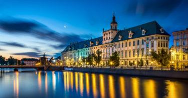 wroclaw_-_uniwersytet_wroclawski_o_poranku